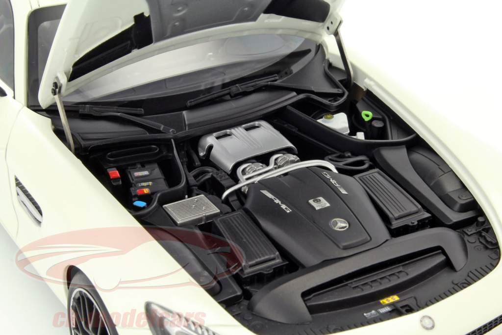 Mercedes-Benz AMG GT S year 2015 white 1:18 AUTOart