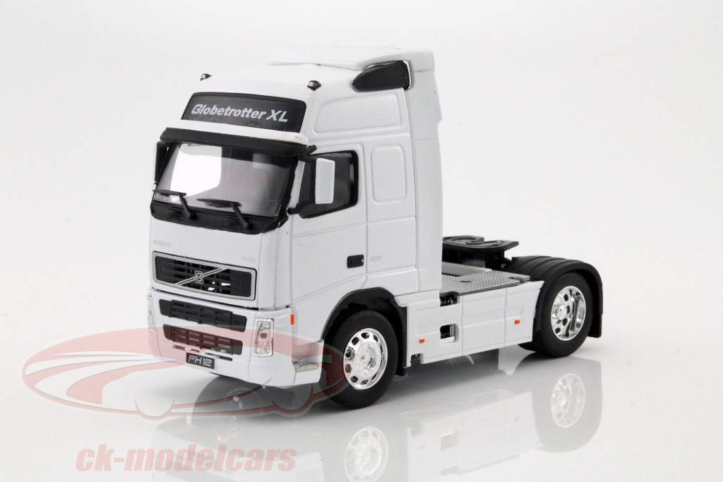 Volvo FH12 Globetrotter XL hvid 1:32 Welly