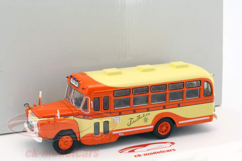 altaya 1:43 isuzu bxd-30 bus baujahr 1962 orange / gelb maghc12