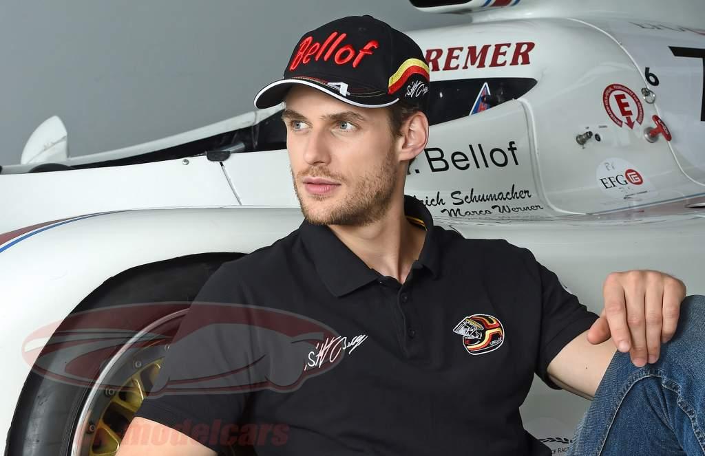 Stefan Bellof Cap ''Helm'' Classic Line schwarz / rot / gelb