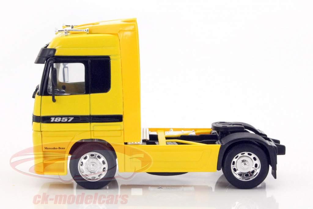 Mercedes-Benz Actros 4x2 jaune 1:32 Welly