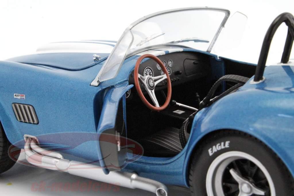 AC Cobra 427 MKII Opførselsår 1965 blå / hvid 1:18 Solido