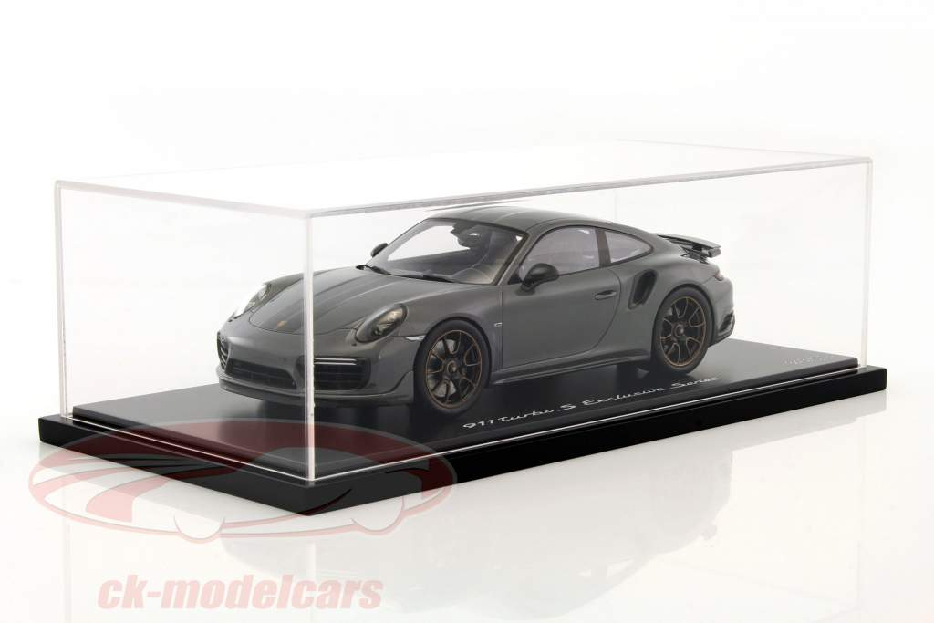 Porsche 911 (991) Turbo S Exclusiv Series grau, schwarz mit Vitrine 1:18 Spark
