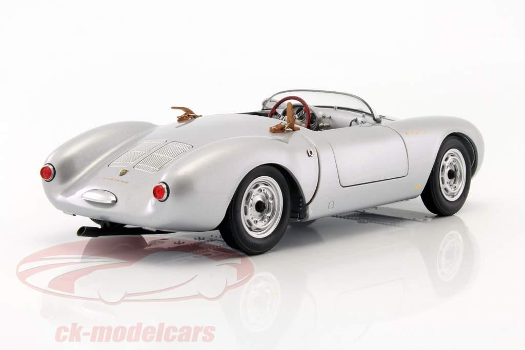 Porsche 550 Spyder Opførselsår 1956 sølv 1:18 Schuco