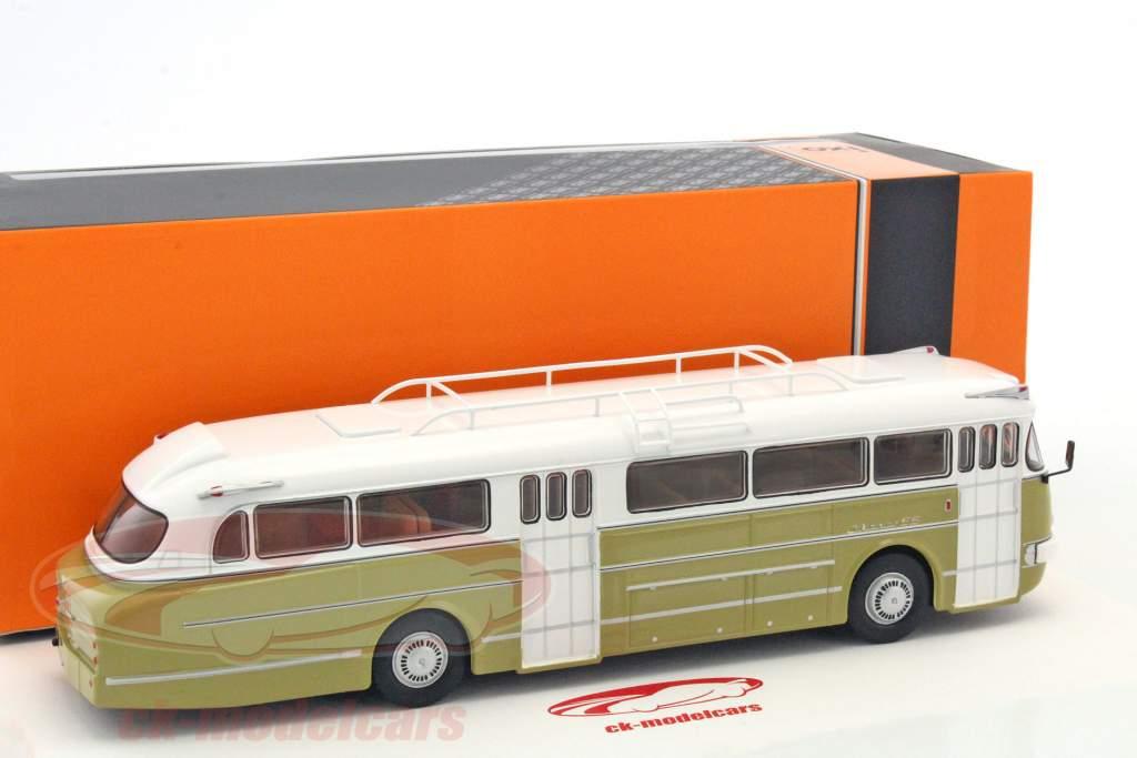 Ikarus 66 bus année de construction 1972 blanc / brillant olive 1:43 Ixo