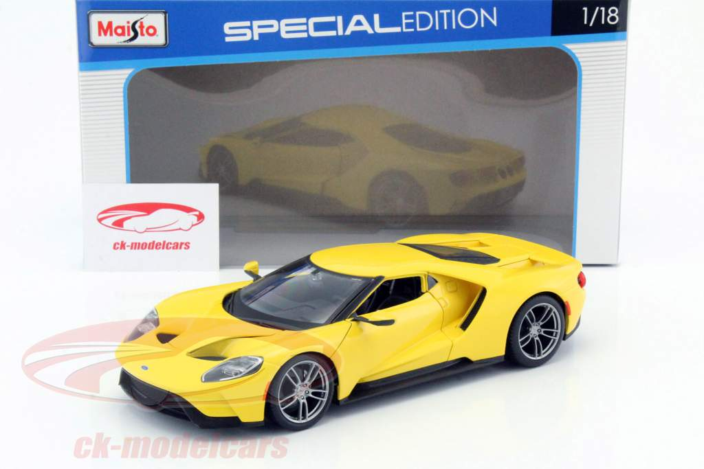 Ford GT year 2017 yellow 1:18 Maisto
