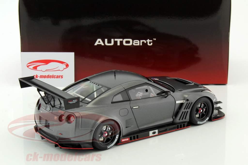 Nissan GT-R Nismo GT3 jaar 2015 mat donker grijs 1:18 AUTOart