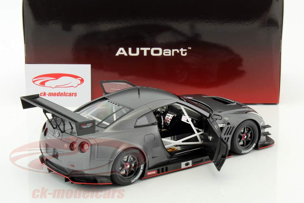 Nissan GT-R Nismo GT3 år 2015 måtte mørk grå 1:18 AUTOart