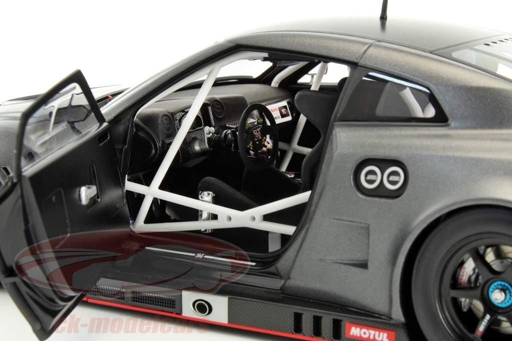 Nissan GT-R Nismo GT3 Baujahr 2015 matt dunkelgrau 1:18 AUTOart