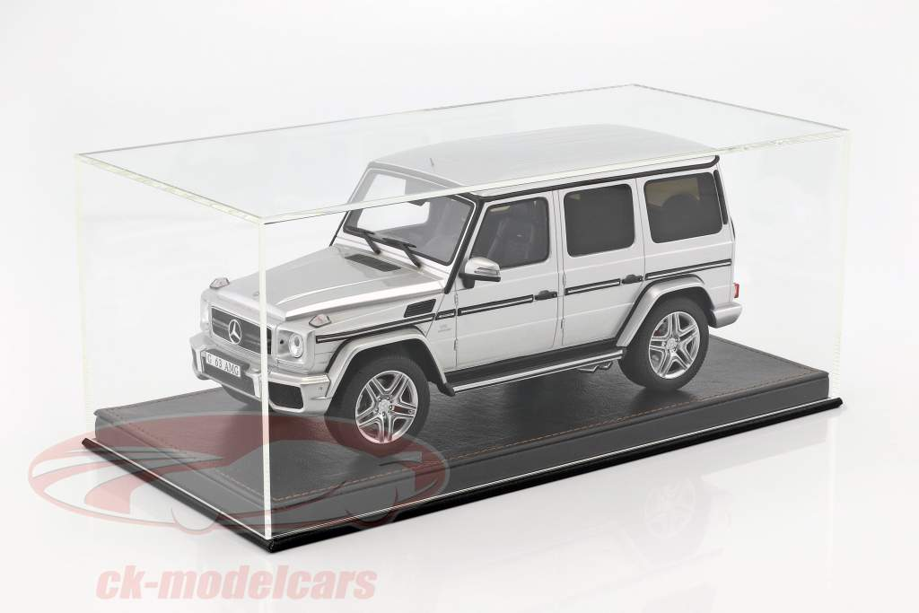 High-quality showcase with baseplate out of leather for model cars in scale 1:18 black SAFE