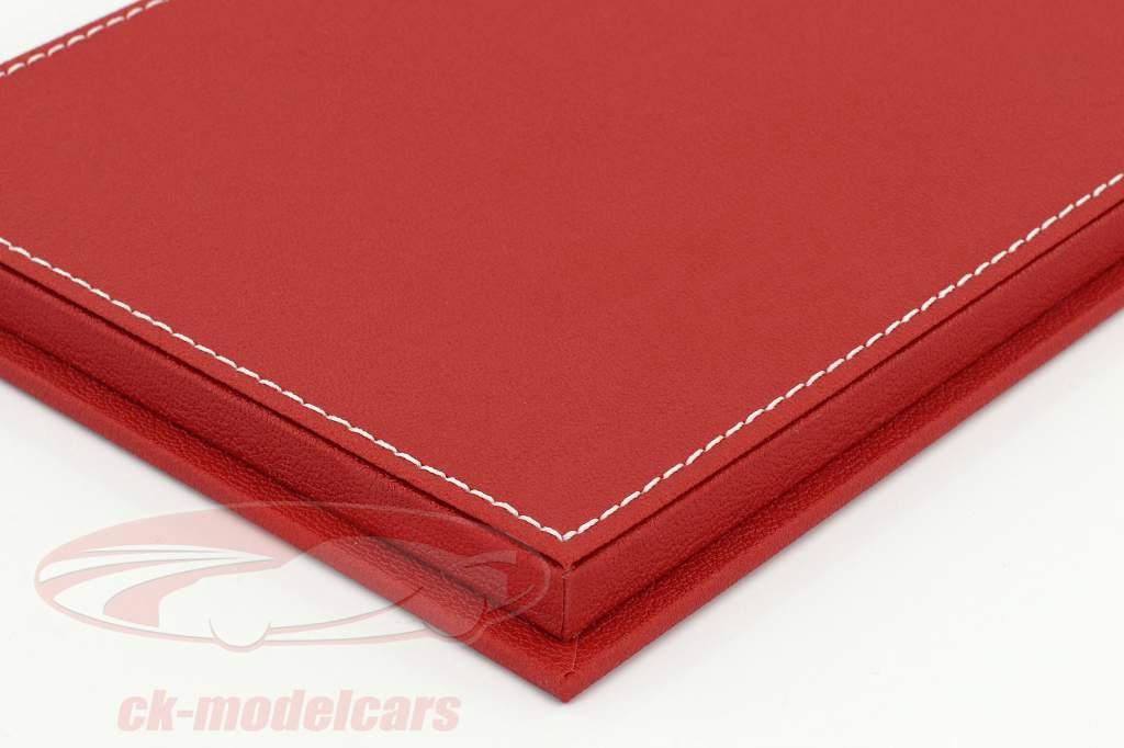 Høj kvalitet udstillingsvindue med bundplade ud af læder til model biler i vægt 1:18 rød SIKKER
