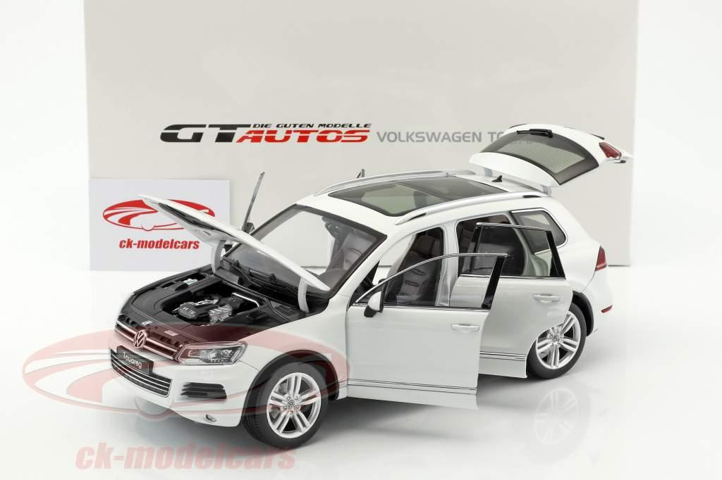 Volkswagen VW Touareg année de construction 2012 blanc 1:18 Welly GTA