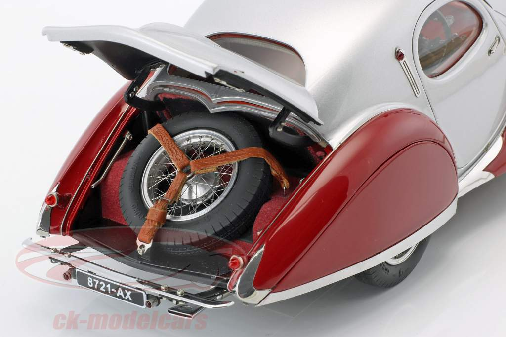 Talbot Lago Coupe Typ 150 C-SS Teardrop RHD année 1937-1939 rouge / argent 1:18 CMC