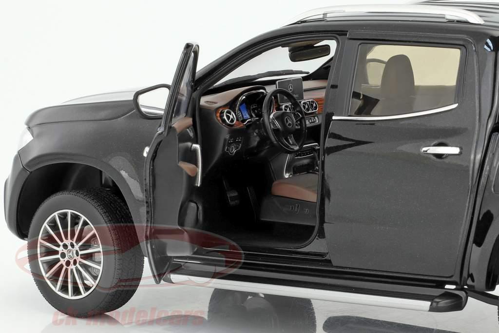 Mercedes-Benz X-Classe kabara preto 1:18 Norev