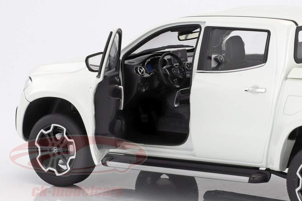 Mercedes-Benz Classe X bering blanc 1:18 Norev