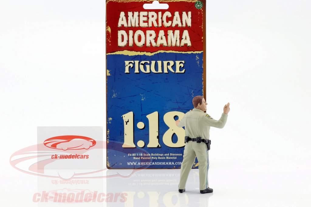 Police Highway Patrol figure III Directing Traffic 1:18 American Diorama