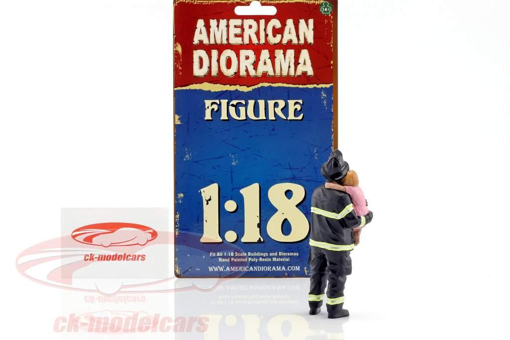 Feuerwehrmann Figur II Saving Life 1:18 American Diorama