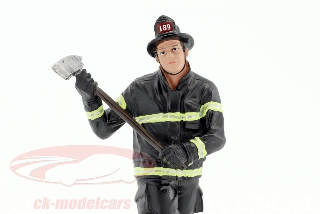 brandweerman figuur III Holding Axe 1:18 Amerikaans Diorama