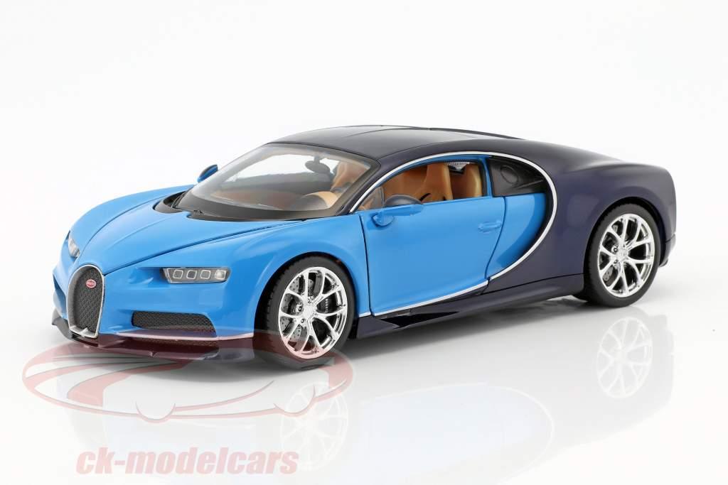 Bugatti Chiron Bouwjaar 2017 lichtblauw / donkerblauw 1:24 Welly