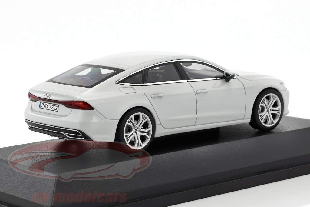 Audi A7 Sportback ghiacciaio bianco 1:43 iScale