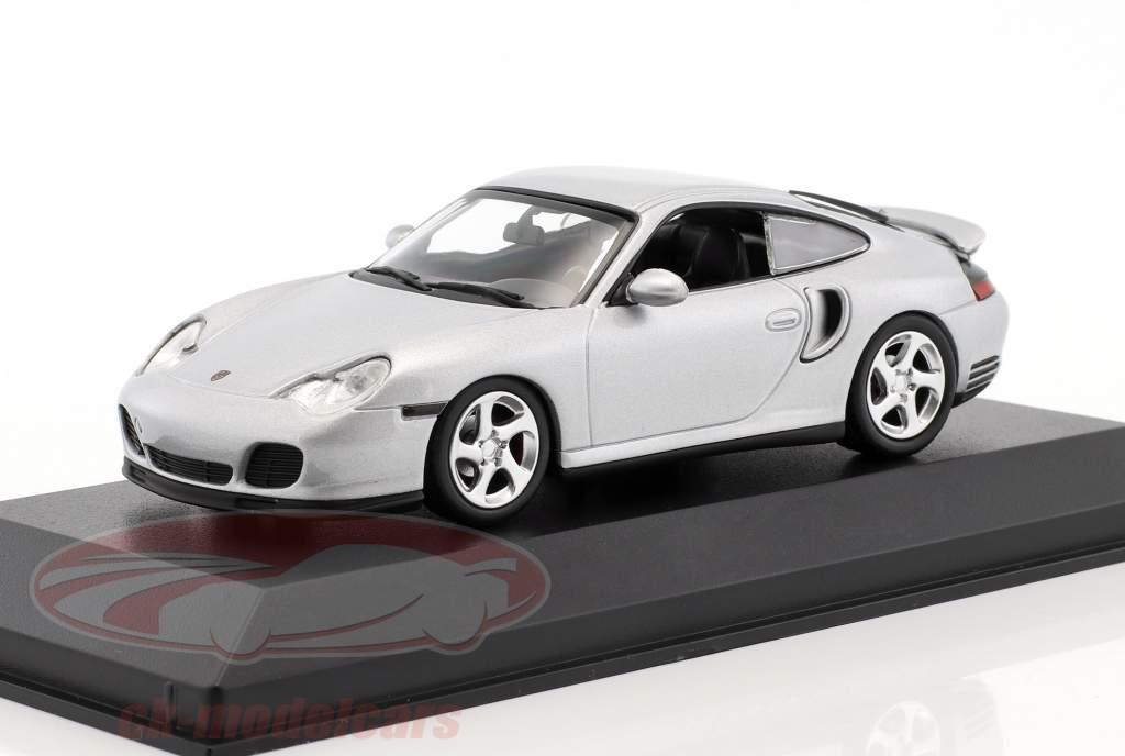 Porsche 911 (996) Turbo 1999 argento 1:43 Minichamps