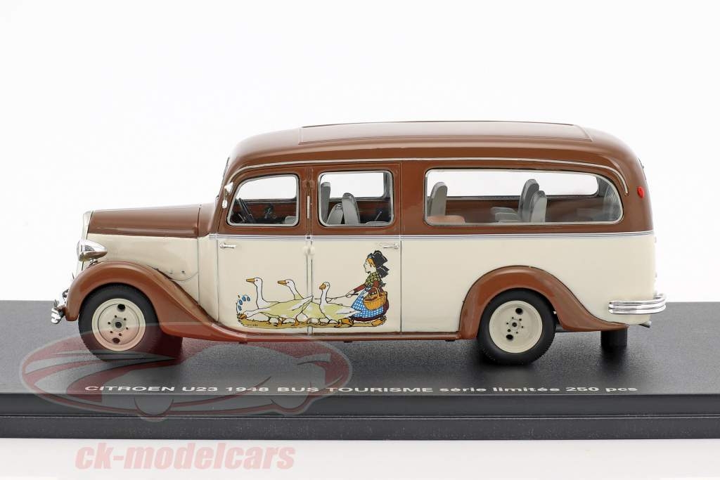 Citroen U23 bus Tourisme year 1948 brown / beige 1:43 Momaco