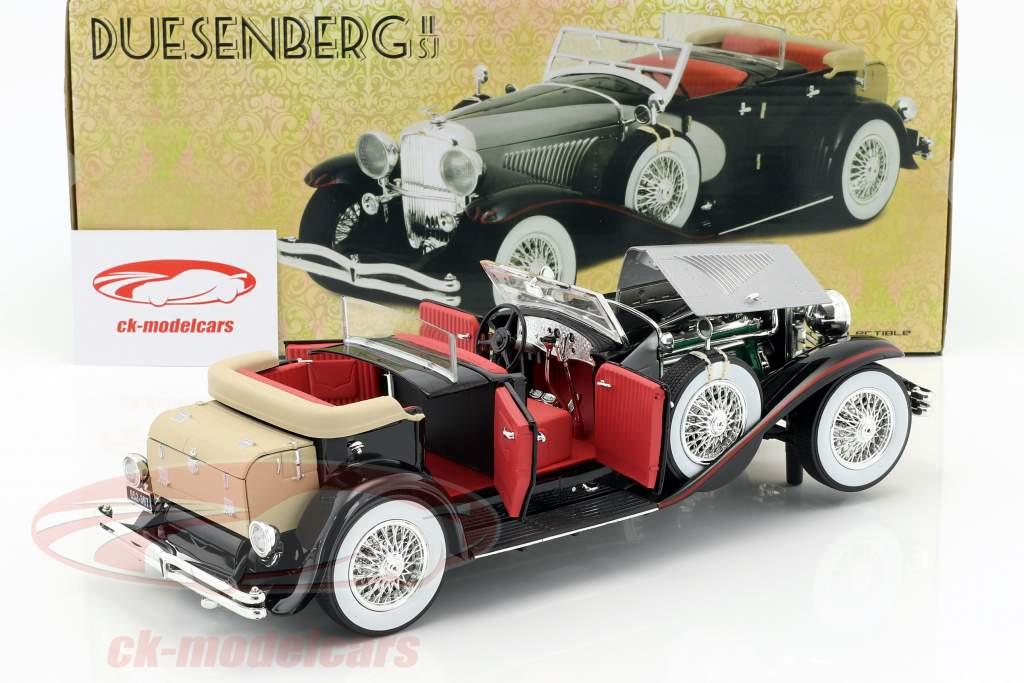 Duesenberg II SJ Baujahr 1934 silber / schwarz 1:18 Greenlight