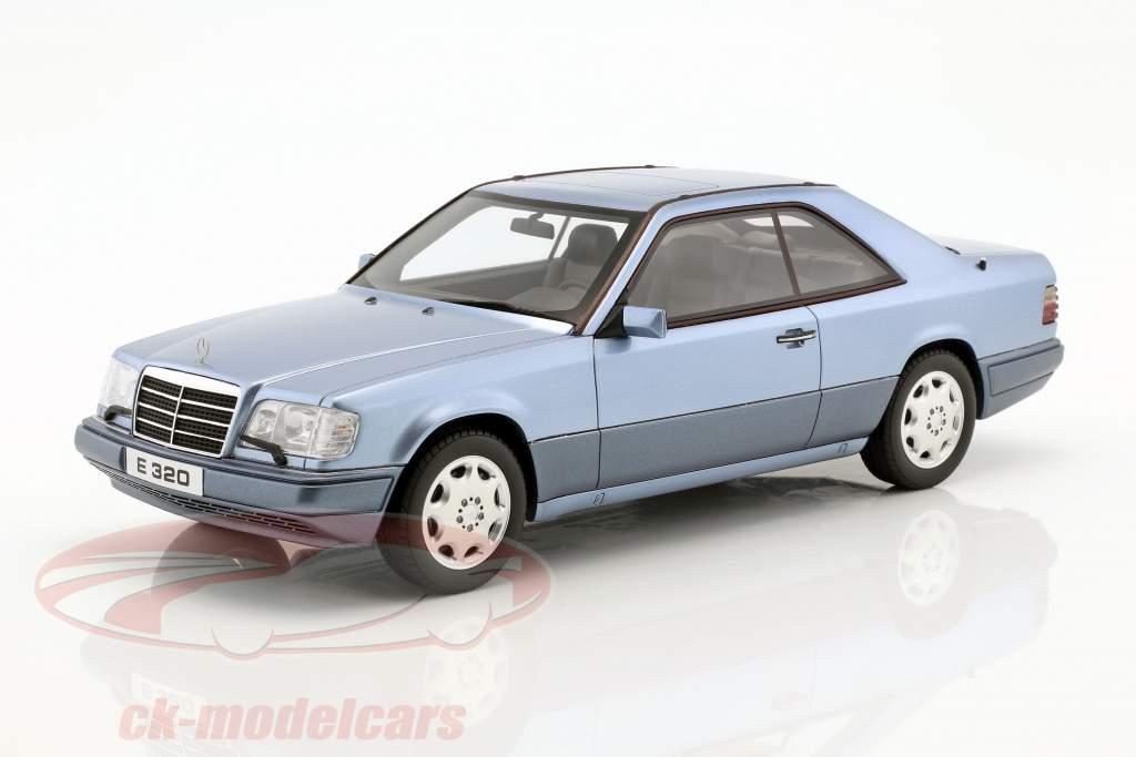 Mercedes-Benz E320 (C124) Coupe anno di costruzione 1986 blu 1:18 OttOmobile