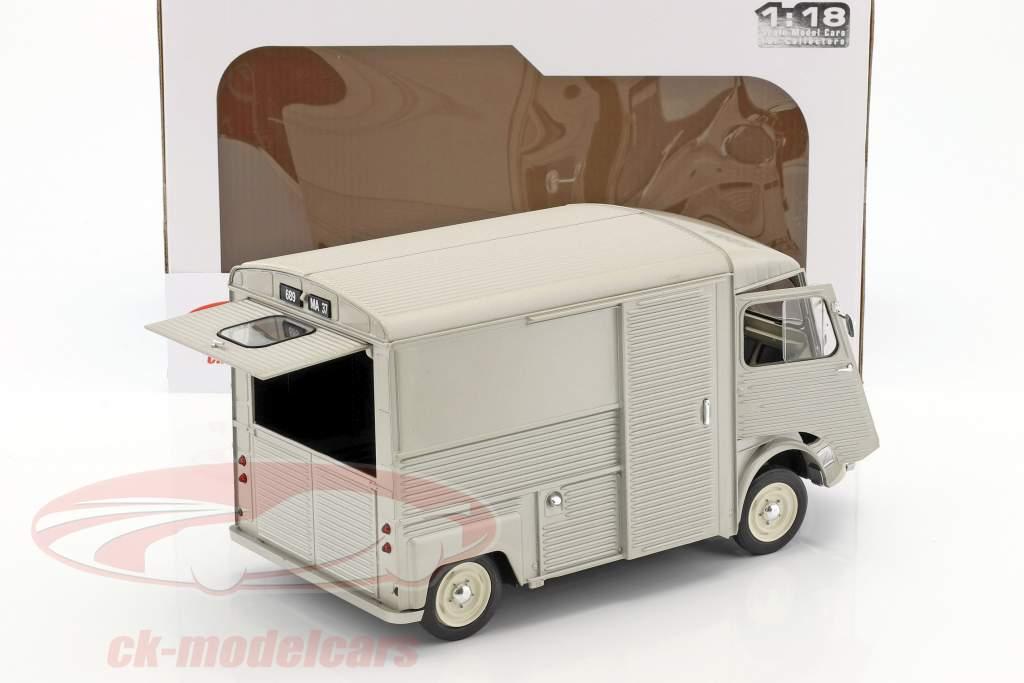 Citroen Type HY Bouwjaar 1969 Zilver grijs 1:18 Solido