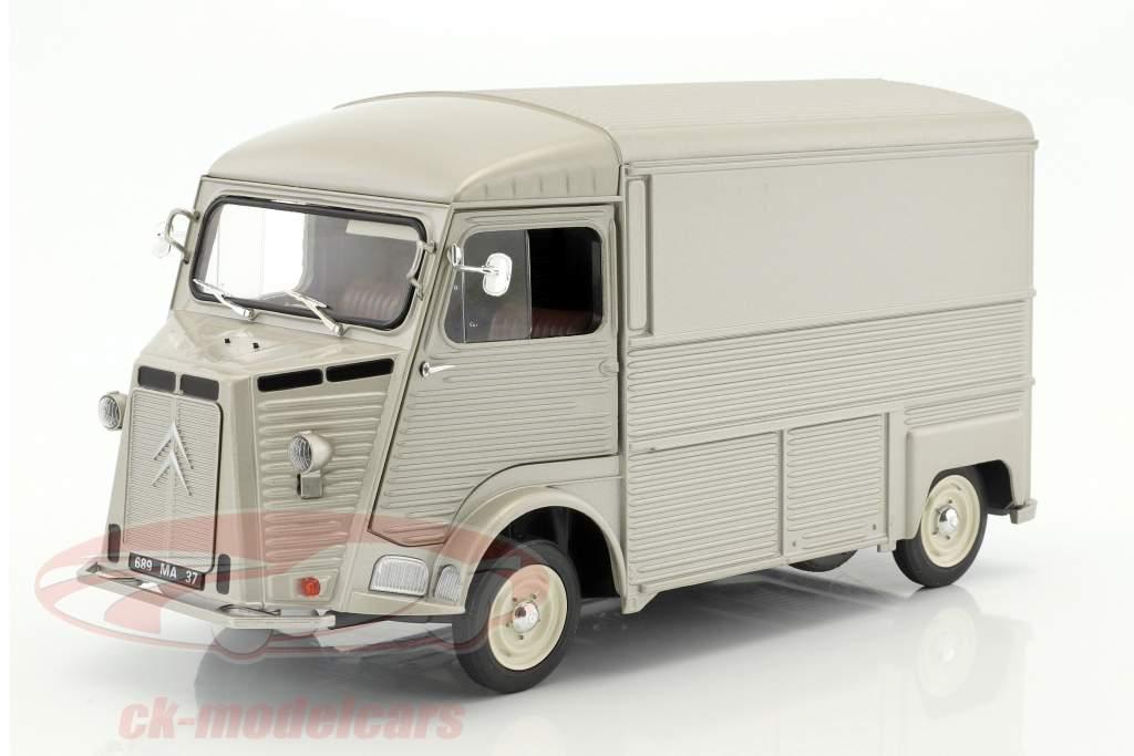 Citroen Type HY Byggeår 1969 sølvgrå 1:18 Solido