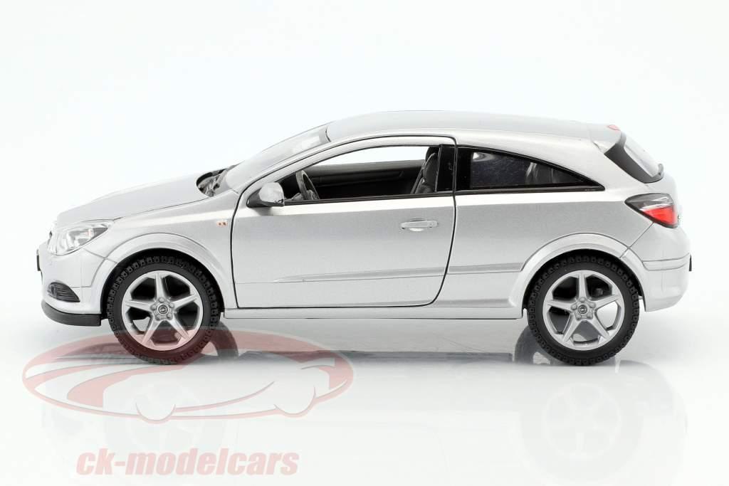 Opel Astra GTC année de construction 2005 argent 1:24 Welly