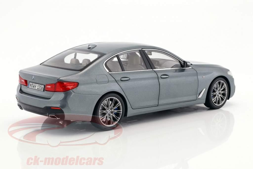 BMW 5er Serie (G30) Limousine Baujahr 2017 blaugrau metallic 1:18 Kyosho