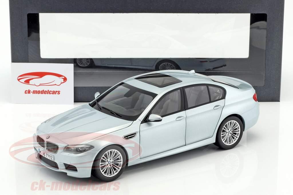 BMW M5 V8 BiTurbo F10 coupe Silverstone II 1:18 Paragon Models