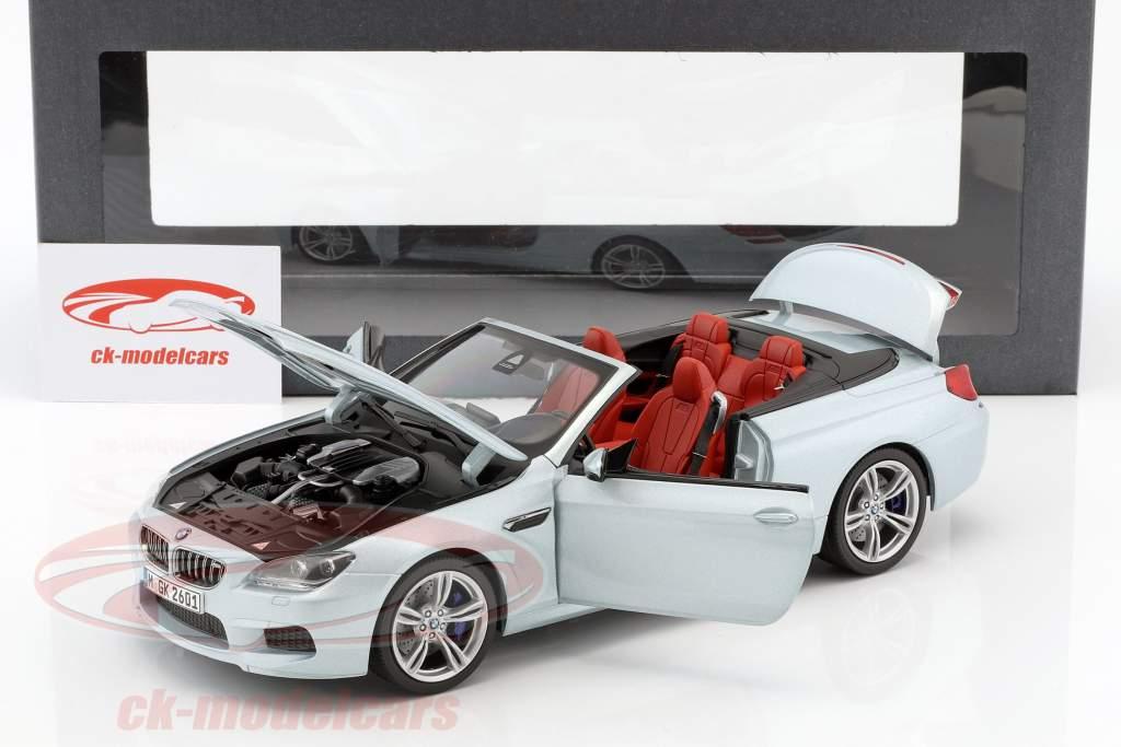 BMW M6 Cabrio Silverstone II argento 1:18 Paragon Modelli