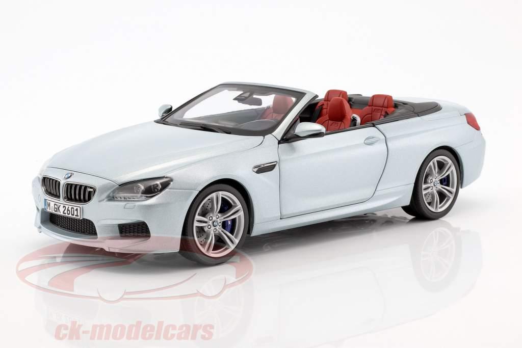 BMW M6 Convertible Silverstone II plata 1:18 Paragon Modelos