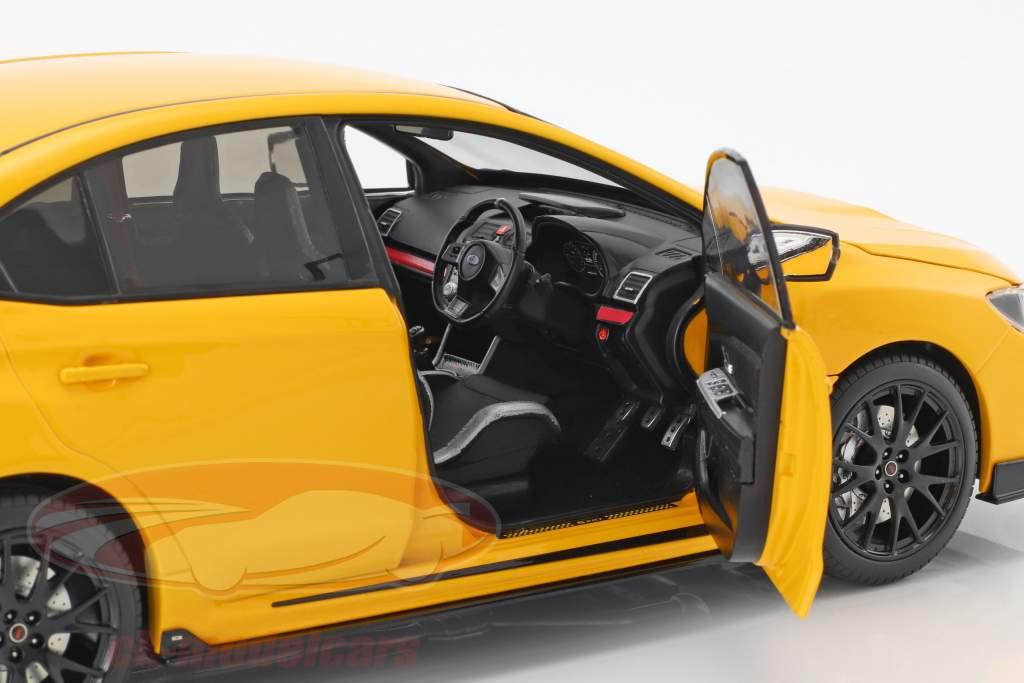 Subaru S207 NBR Challenge Package anno di costruzione 2015 giallo 1:18 SunStar
