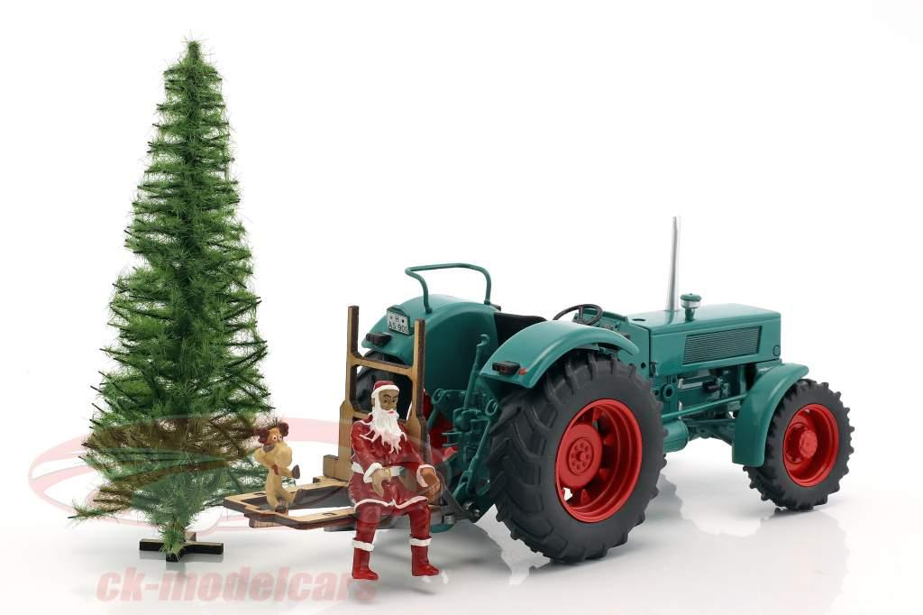Hanomag Robust 900 Traktor mit Weihnachtsmann und Baum grün 1:32 Schuco