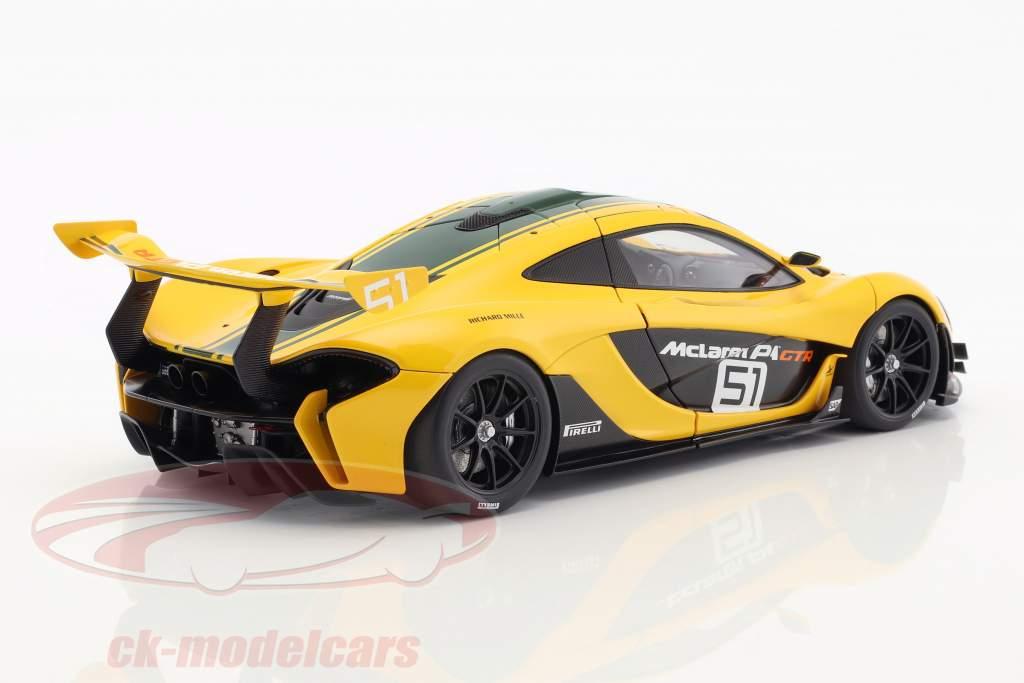 McLaren P1 GTR #51 motor Show Genève 2015 geel / groen / zwart 1:18 AUTOart