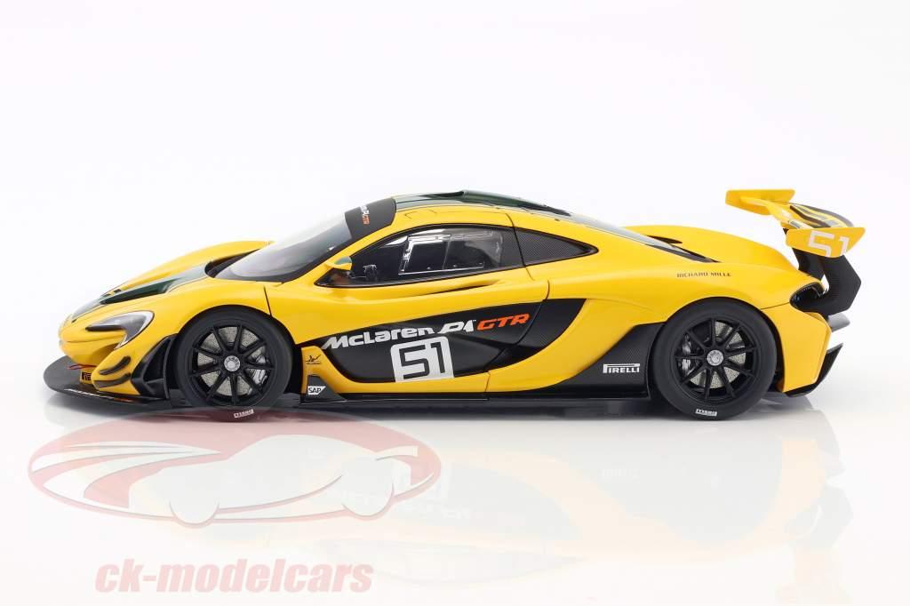 McLaren P1 GTR #51 Motor Show Geneva 2015 yellow / green / black 1:18 AUTOart