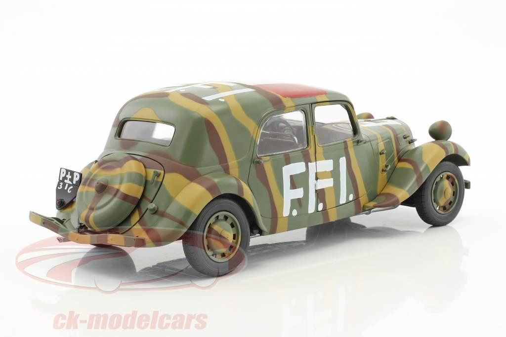 Citroen Traction 11CV FFI Baujahr 1944 camouflage 1:18 Solido