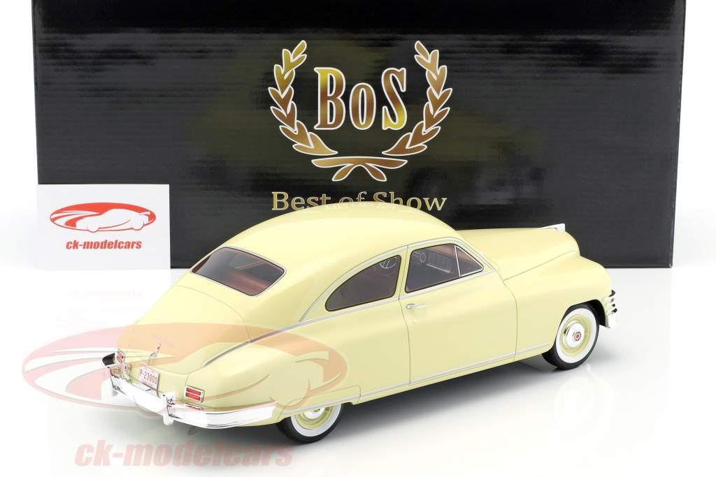 Packard DeLuxe Club Sedan 2-Türer Baujahr 1949 hellgelb 1:18 BoS-Models