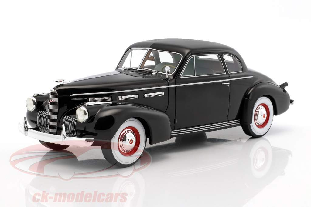 LaSalle Series 50 coupe year 1940 black 1:18 BoS-Models