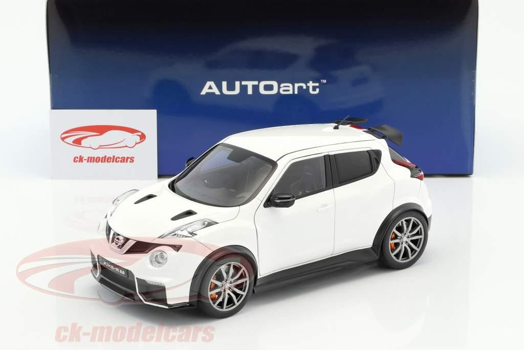 Nissan Juke R 2.0 año de construcción 2016 blanco 1:18 AUTOart