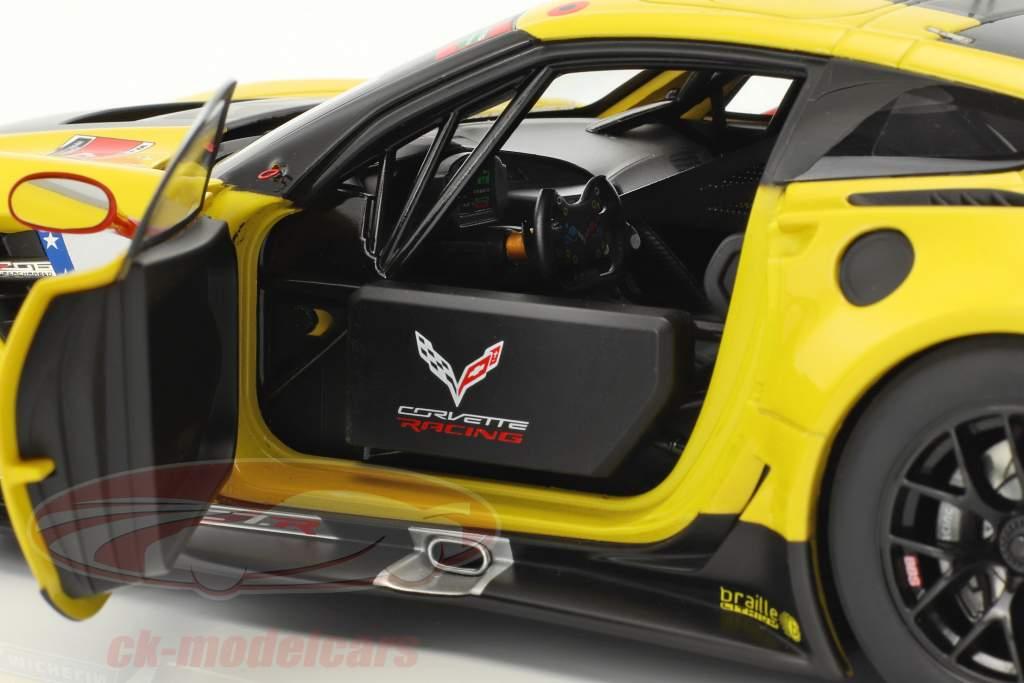 Chevrolet Corvette C7.R #4 vencedor Lime Rock IMSA 2016 Gavin, Milner 1:18 AUTOart