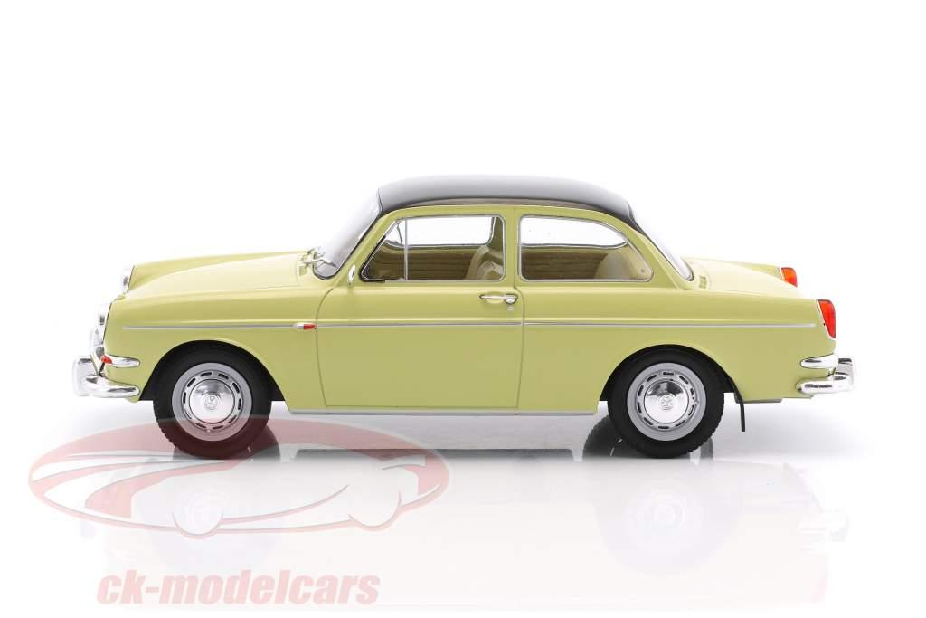 Volkswagen VW 1500 S (Type 3) year 1963 beige / black 1:18 Model Car Group