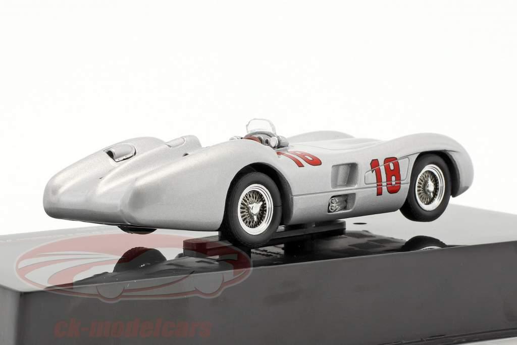 Juan Manuel Fangio Mercedes-Benz W196 R Streamliner #18 gagnant italien GP formule 1 1955 1:43 Ixo