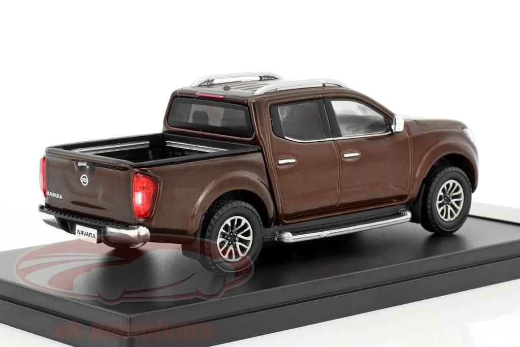 Nissan Navara année de construction 2017 brun métallique 1:43 Premium X