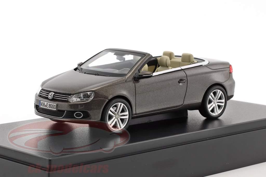 Volkswagen VW Eos 2011 schwarz Eiche metallic 1:43 Kyosho