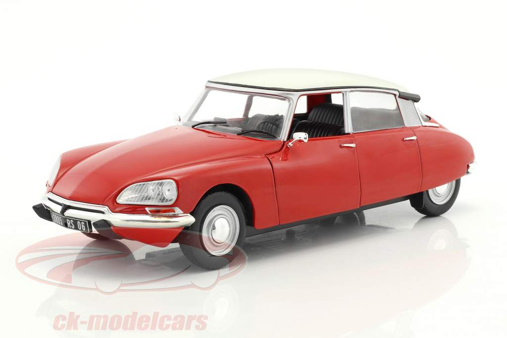 Citroen DS Special year 1972 red / white 1:18 Solido