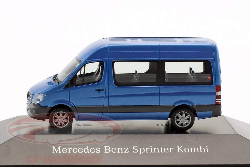 Mercedes-Benz Sprinter Kombi south seas blue metallic 1:87 Herpa